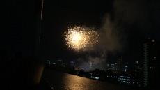 アイキャッチ画像:神宮外苑花火大会が弊社屋上からよく見えました